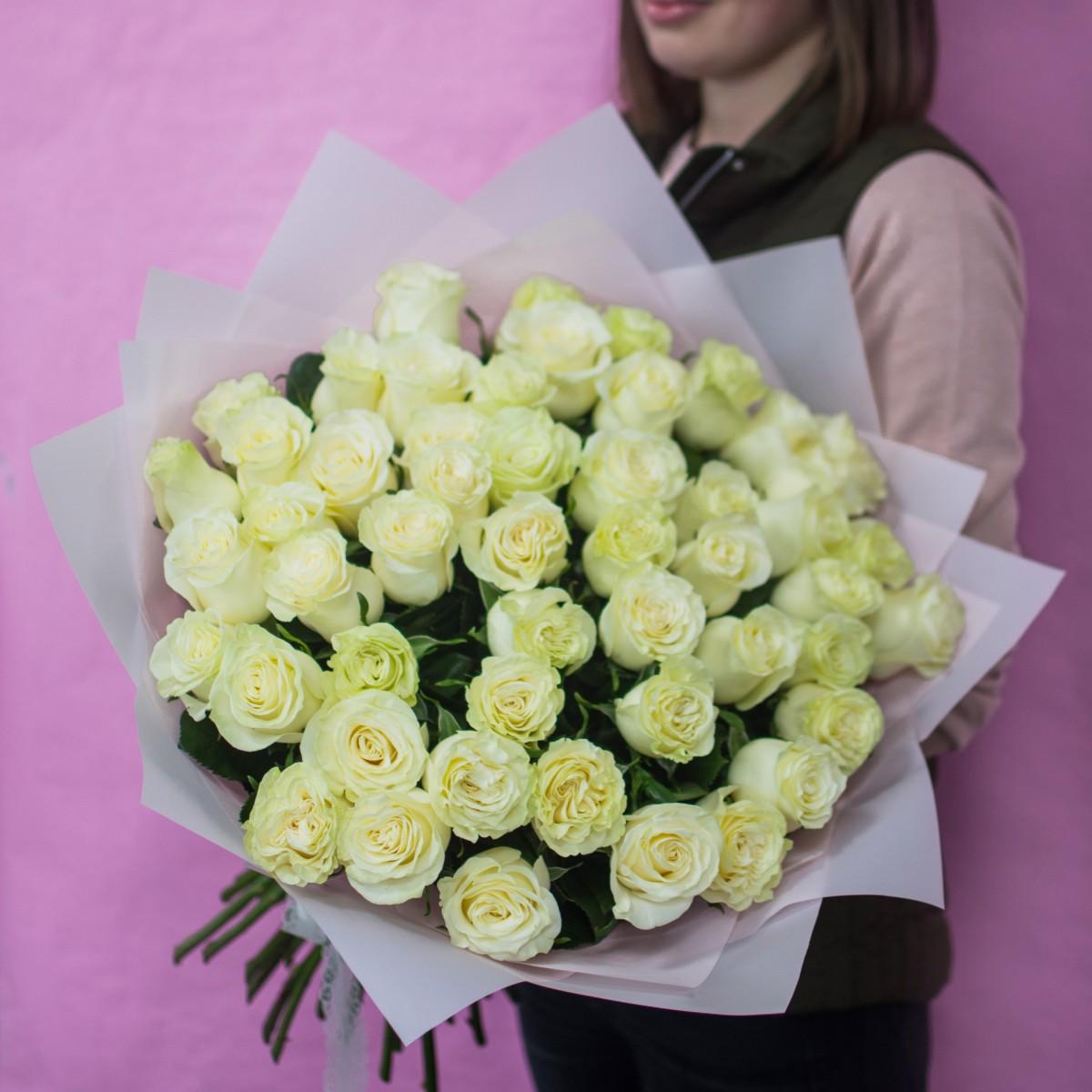 Роза Mondial 51 роза 60 см