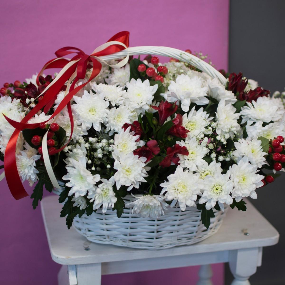 Букет с хризантемами «Чувство заботы»
