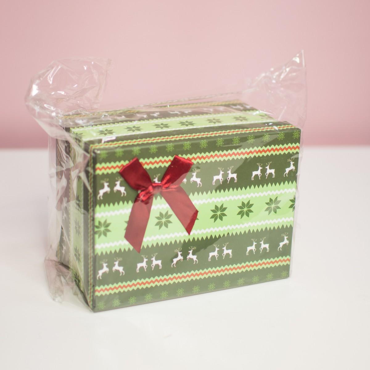Зеленая подарочная коробка