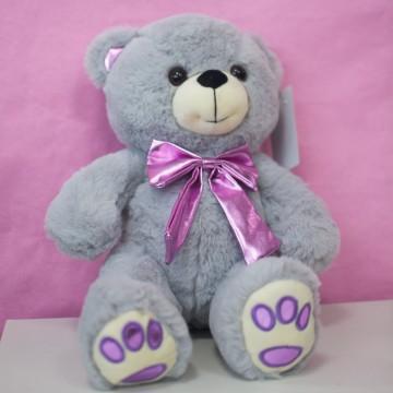 Медведь с розовым бантом