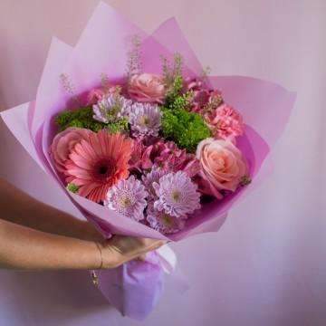 Воздушный поцелуй с розой 70 см