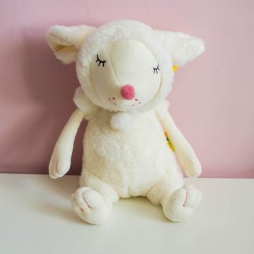 Сонная мышка белая