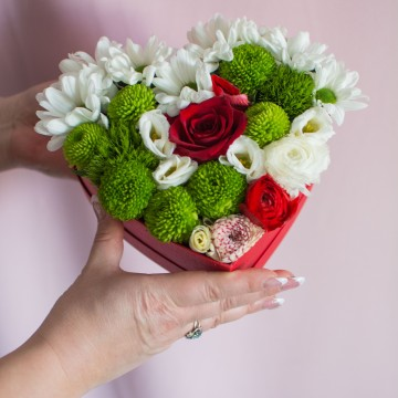 Воздушный поцелуй с розой 40 см