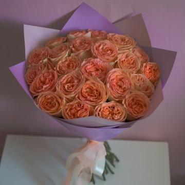 Букет «25 персиковых роз»