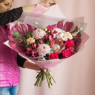 Букет с хризантемами «Фламинго»
